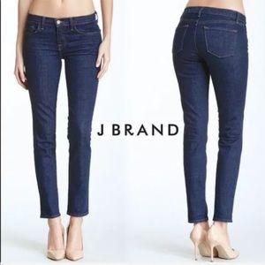 J brand Dark Wash Skinny Leg Jeans Sz 26 ::GG15